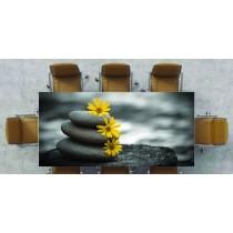 Nappe déco imprimée galet noir & fleur jaune ref 2533